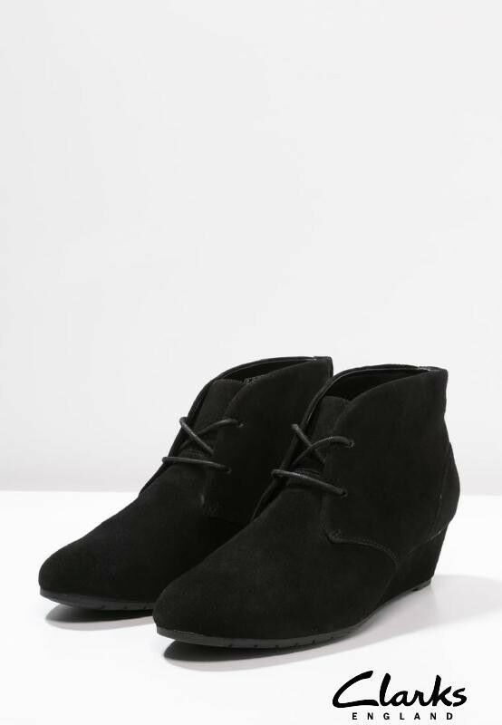 Clarks Black Suede Ladies wedged Ankle Boots 4 37 D   New