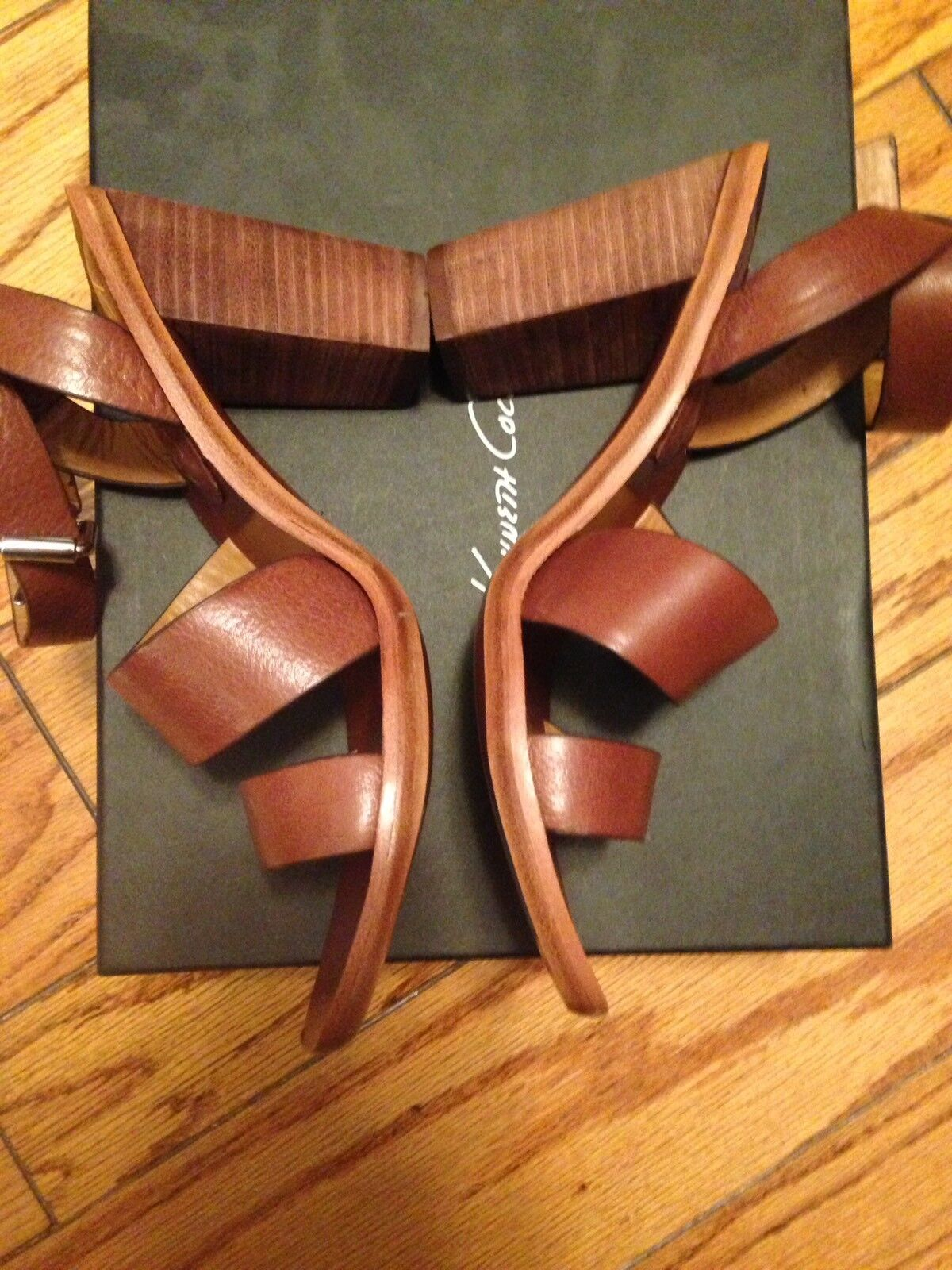 NEW 7 Kenneth Cole New York 7 NEW 7.5 8 Niedrig Heels Cognac Sandales Schuhes All Leder FAB d814cb