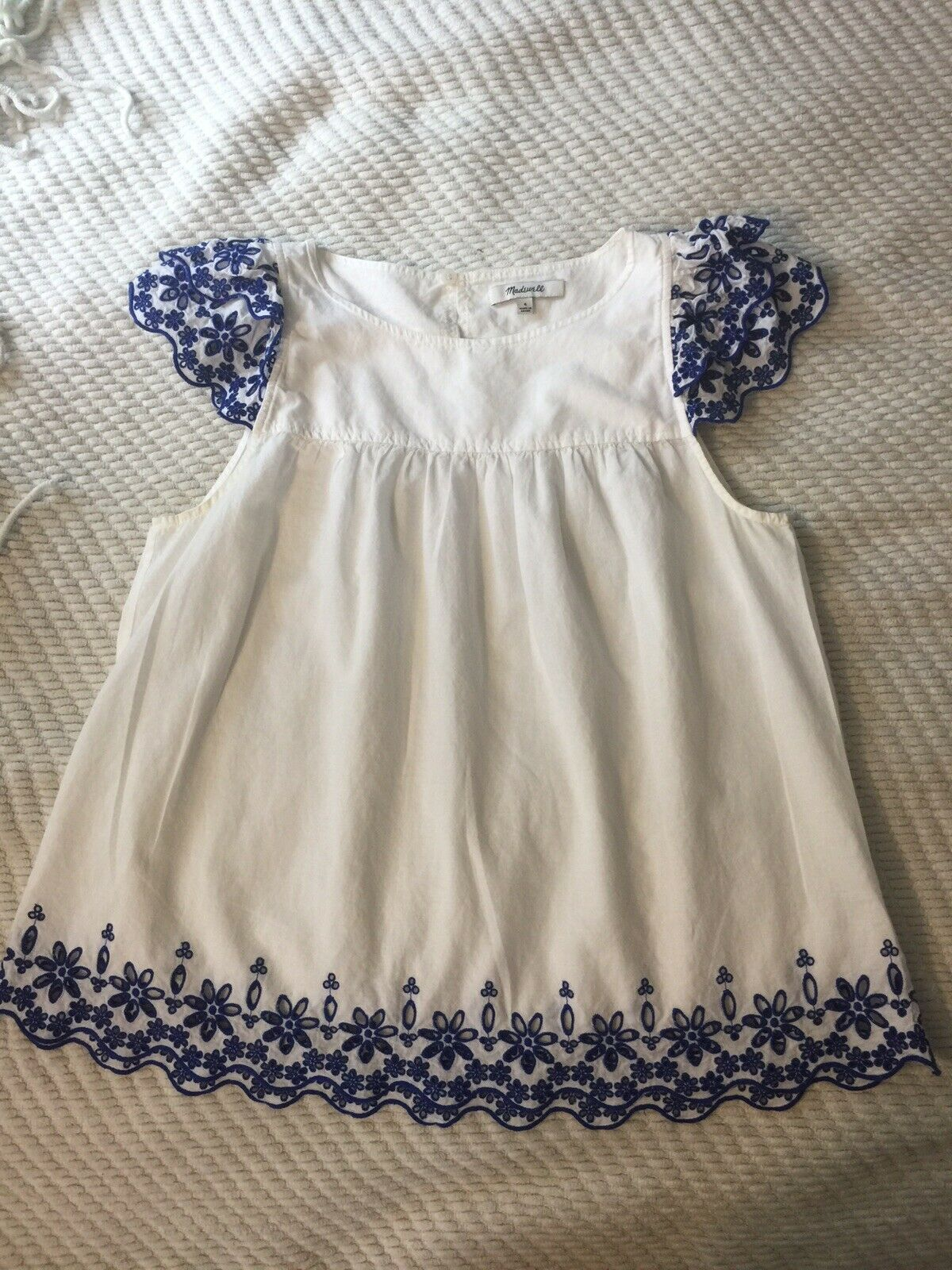 Madewell White Cotton Top Blue Eyelet Sleeves 4 - image 1