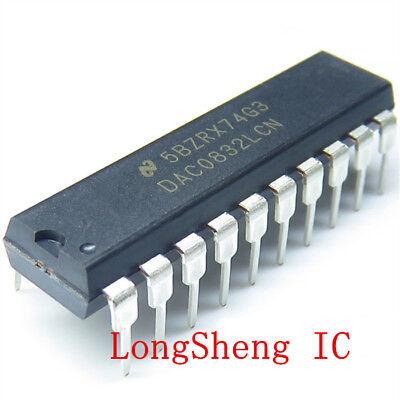 10PCS DAC0808LCN DAC0808 8 bits D//A Converter DIP-16 New good quality