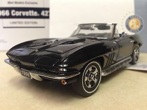 1-24-Franklin-Mint-Black-1966-Corvette-427-Convertible-S11G231-LE-350