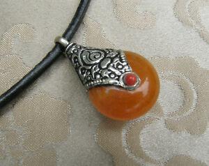 Traumhafter-tibetischer-Tribal-Anhaenger-Amulett-mit-Amber-amp-Silber