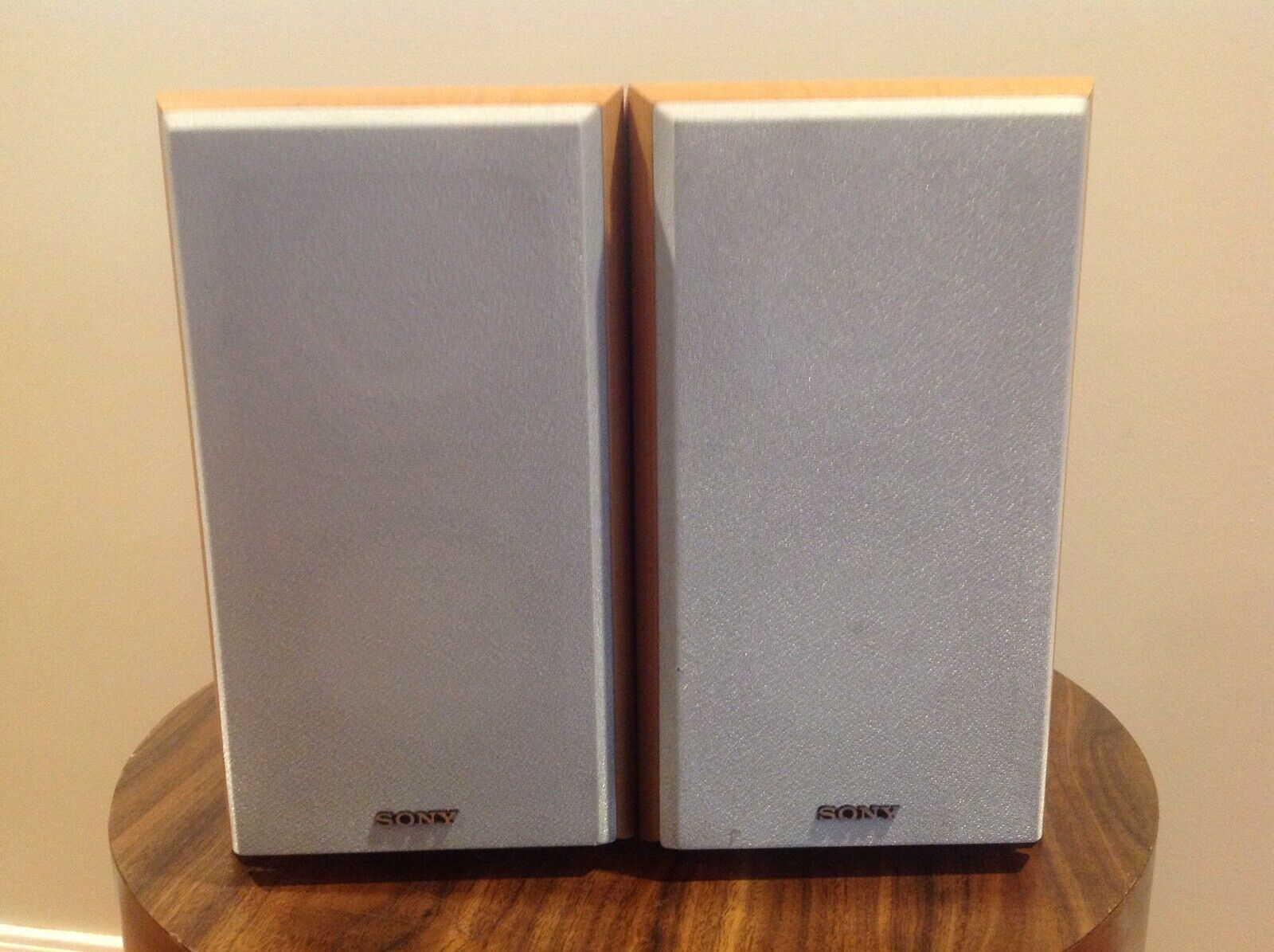 (2) Sony SS-CRB5 2-Way Bass Reflex Speakers -TESTED AND WORKS GREAT- Good Cond.