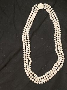 VINTAGE-14K-3-STRAND-LONG-ANGEL-SKIN-CORAL-SHELL-BEAD-BEADED-NECKLACE-WHITE-PINK