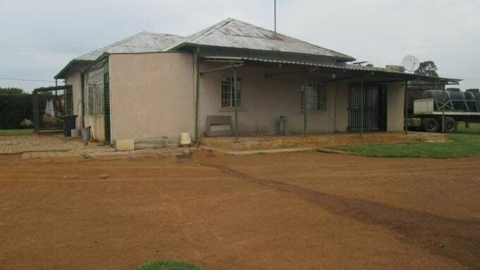 3 Bedroom with 3 Bathroom House For Sale in The Balmoral Estates Gauteng