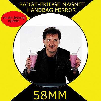 58 mm BADGE-FRIDGE MAGNET OR HANDBAG MIRROR –CD111S ROBBIE WILLIAMS