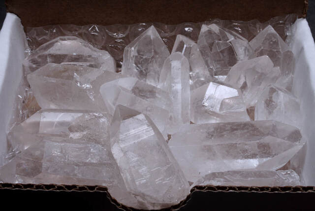 Quartz Crystal Collection 1//2 Lb Natural Clear Points Brazil