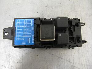 Genuine fuse box fuse box volvo s40 v40 30807016 ebay