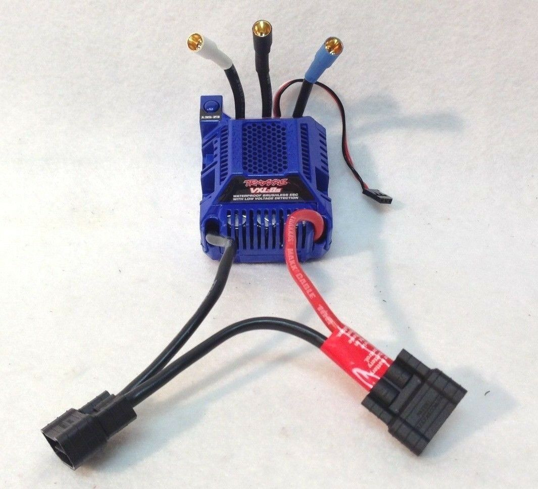 X-MAXX VXL-8S ESC 30+ Volts Brushless Speed Control w  Fan Velineon Traxxas 3496