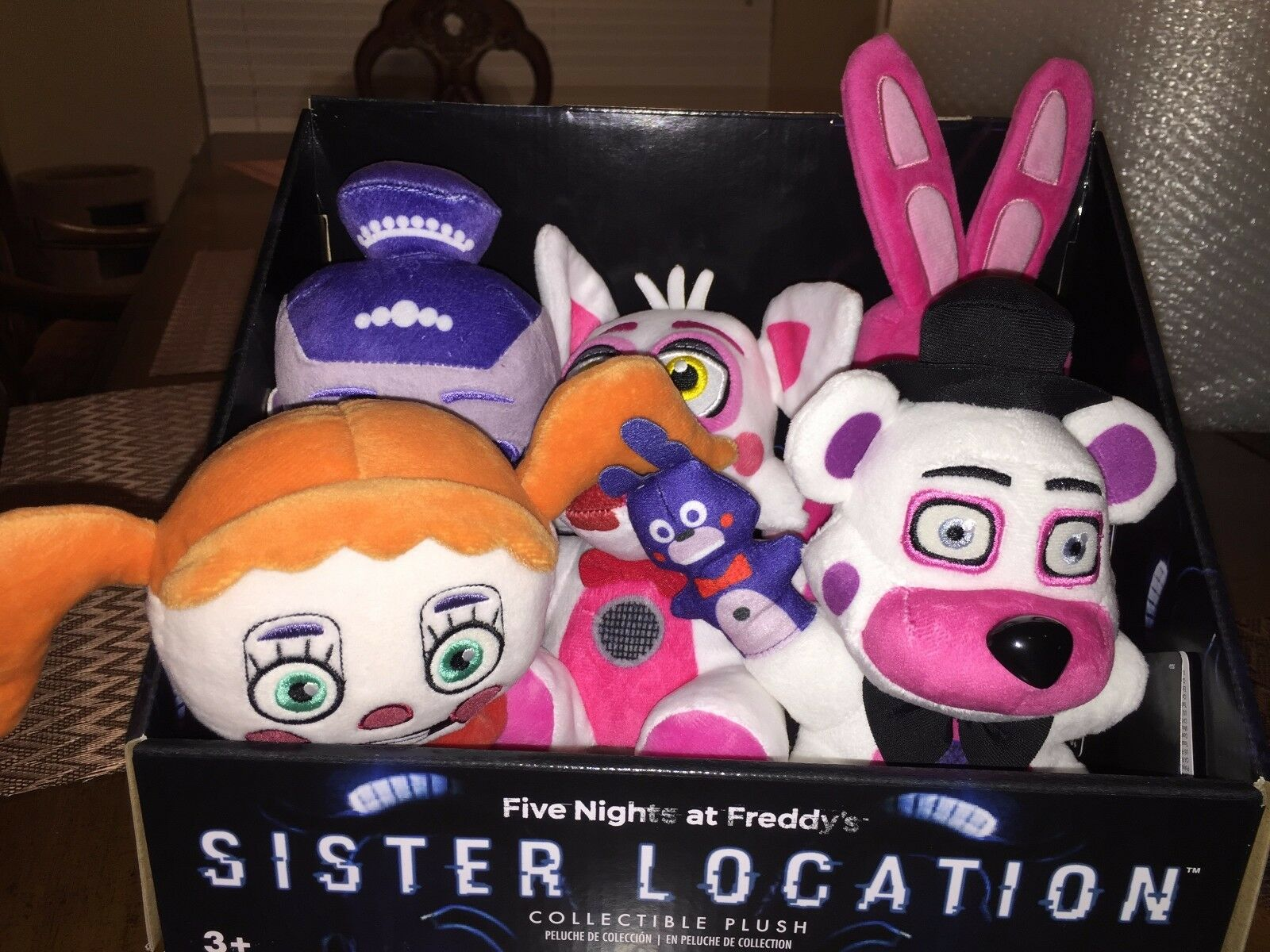 NWT FIVE NIGHTS AT FREDDY'S SISTER LOCATION PLUSH & DISPLAY BOX BONNET FREDDY