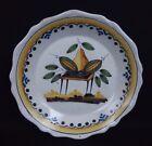 assiette en faience de Nevers ? 18ème XVIII décor à la poire / french ceramic