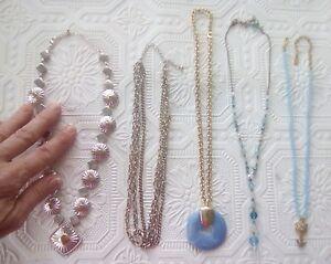 Avon-Silver-tone-amp-Gold-tone-statement-necklace-1928-Gold-flower-bird-pendant