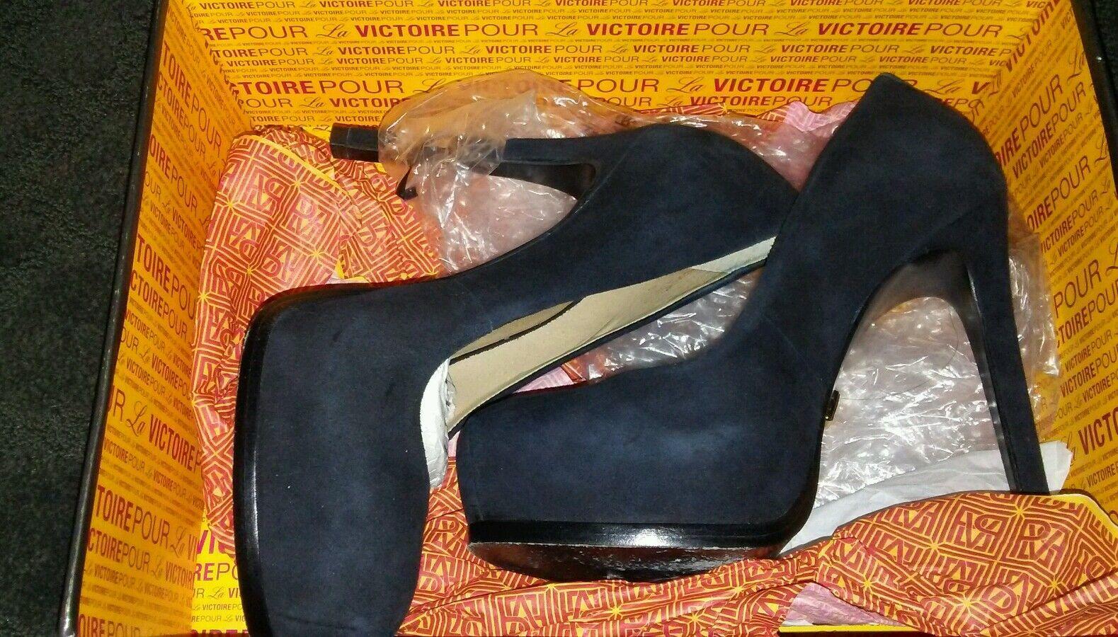 Damas de salón con Plataforma pour la la la Victoire Sz 5.5 Negro Gamuza Irina sólo  79 fue de 250  edición limitada en caliente