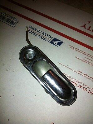 1990-1997 MAZDA MIATA RIGHT HAND PASSENGER SIDE EXTERNAL DOOR HANDLE CHROME USED