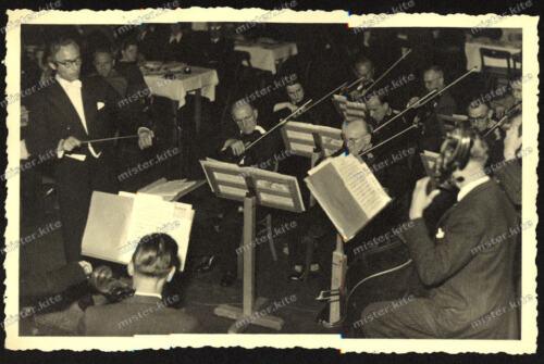Foto-AK-Stuttgart-Streich-Orchester-Ensemble-Dirigent-1940er Jahre-1