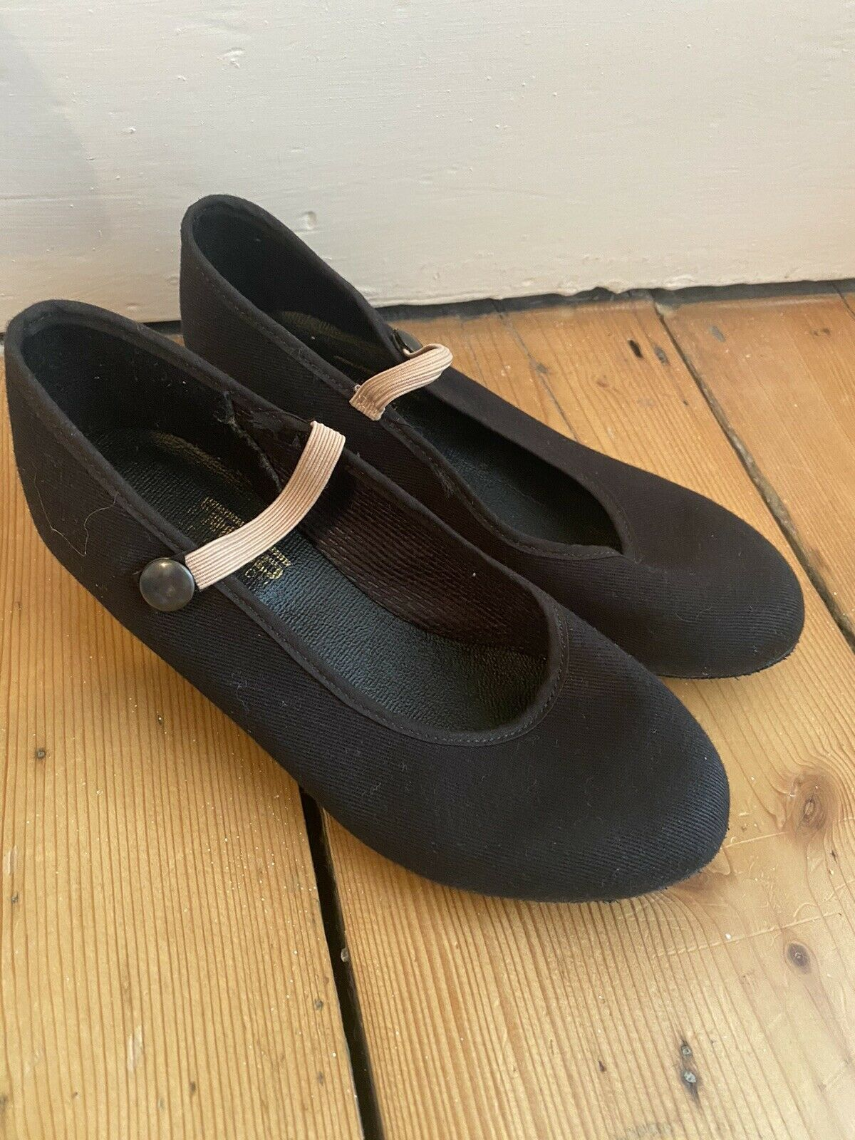 Size 13 Ballet Character Shoes Barely Worn.