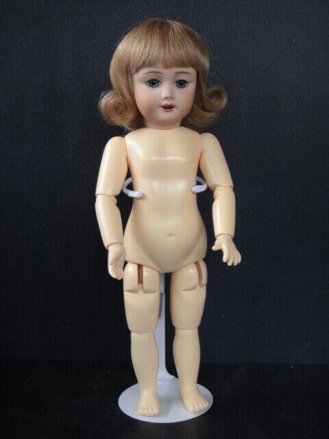 BlauETTE Repro bisque doll. Mold SFBJ301 -Wig - Blau-grau eyes - Naked - FRANCE