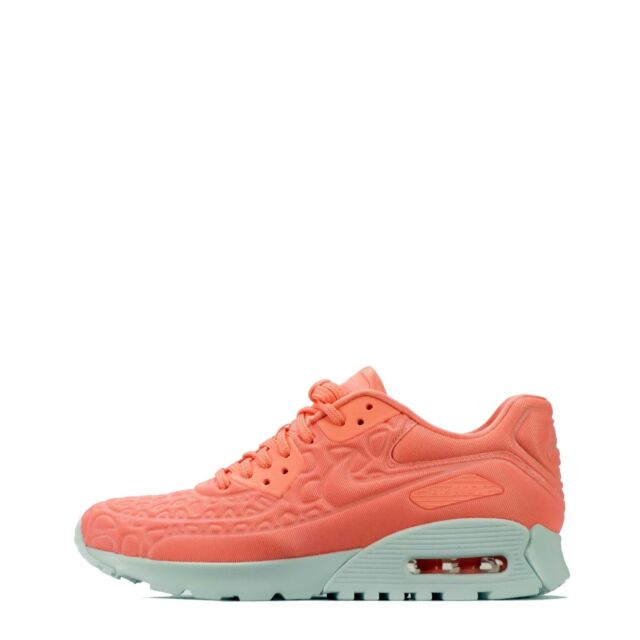Nike Air Max 90 Ultra Plush Womens Shoes Atomic PinkWhite