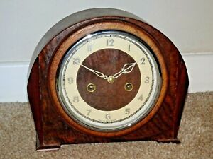 Antique-Smiths-Enfield-Domed-Oak-Mantel-Clock-with-Chime-Very-Unusual-Pendulum