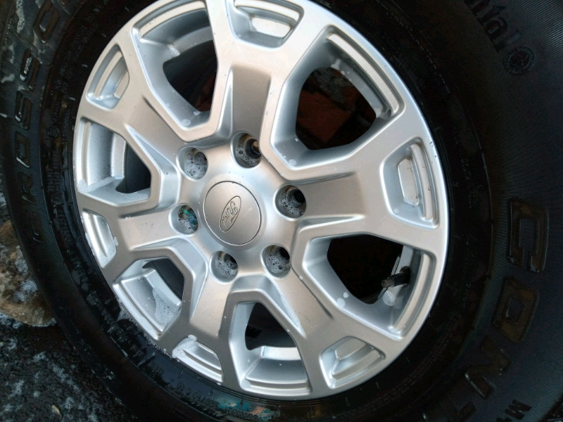 Ford second hand with tyres size 255/70/16