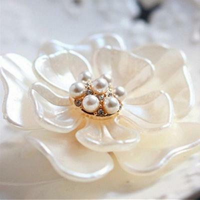Fashion Elegant Gold Plated Flower Pearl Rhinestone Wedding Bridal Brooch Pin