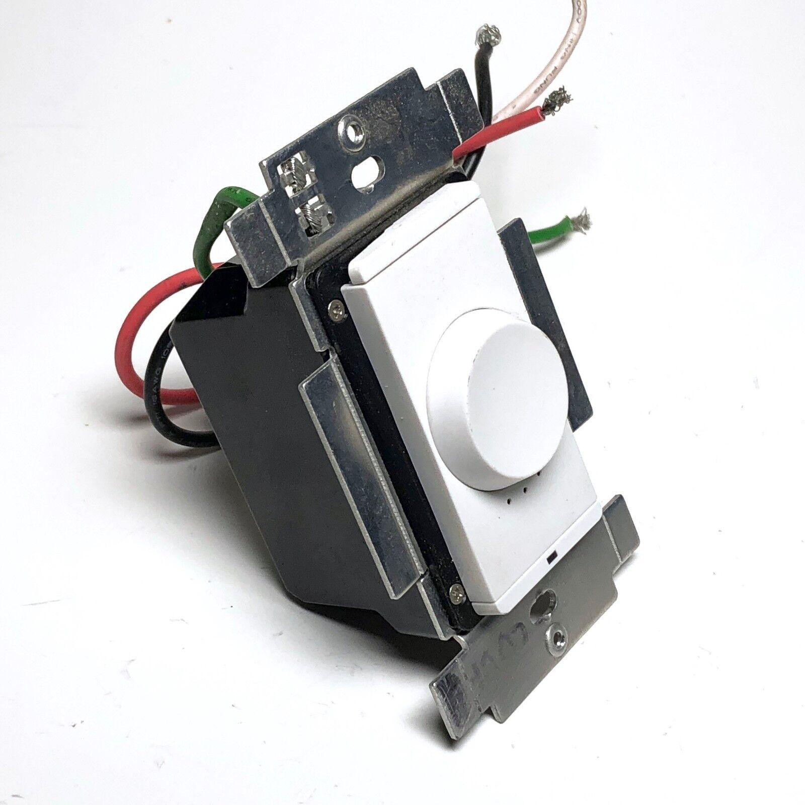 Savant WIF-SWS104 00 Emblemática Wi-Fi Fanspeed Controlador blancoanieves