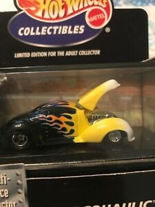 Mercury-Street-Rod-HOT-WHEELS-COLLECTIBLES-BLACK-YELLOW-MERCOHAULIC-CAR