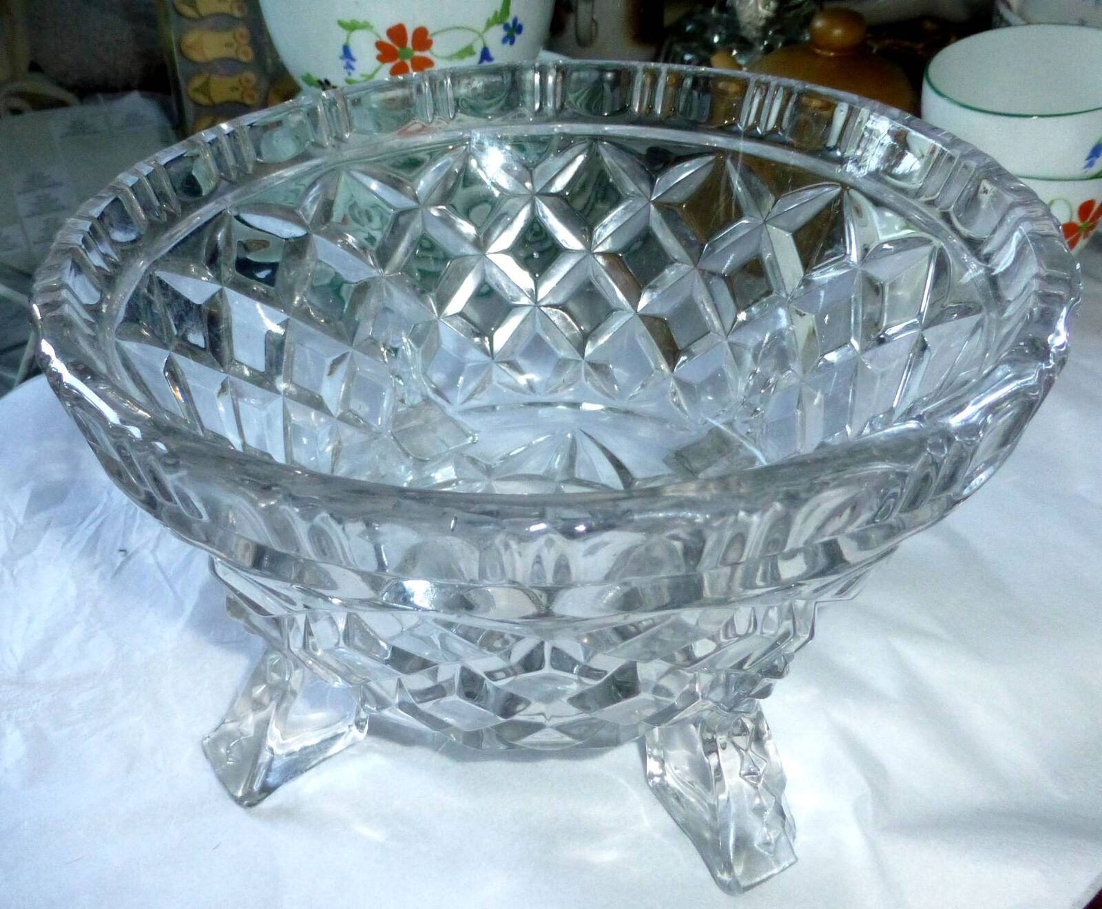 BOWL - ART DECO CUT GLASS BOWL VERY HEAVY -BEAUTIFUL