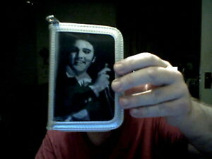 ELVIS-PRESLEY-3D-COVER-3-PICS-LADIES-SILVER-PURSE-PERFECT-CHRISTMAS-GIFT
