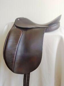 Thoroughbred-Saddlery-Classic-English-Dressage-Saddle-17-034-Narrow-tree