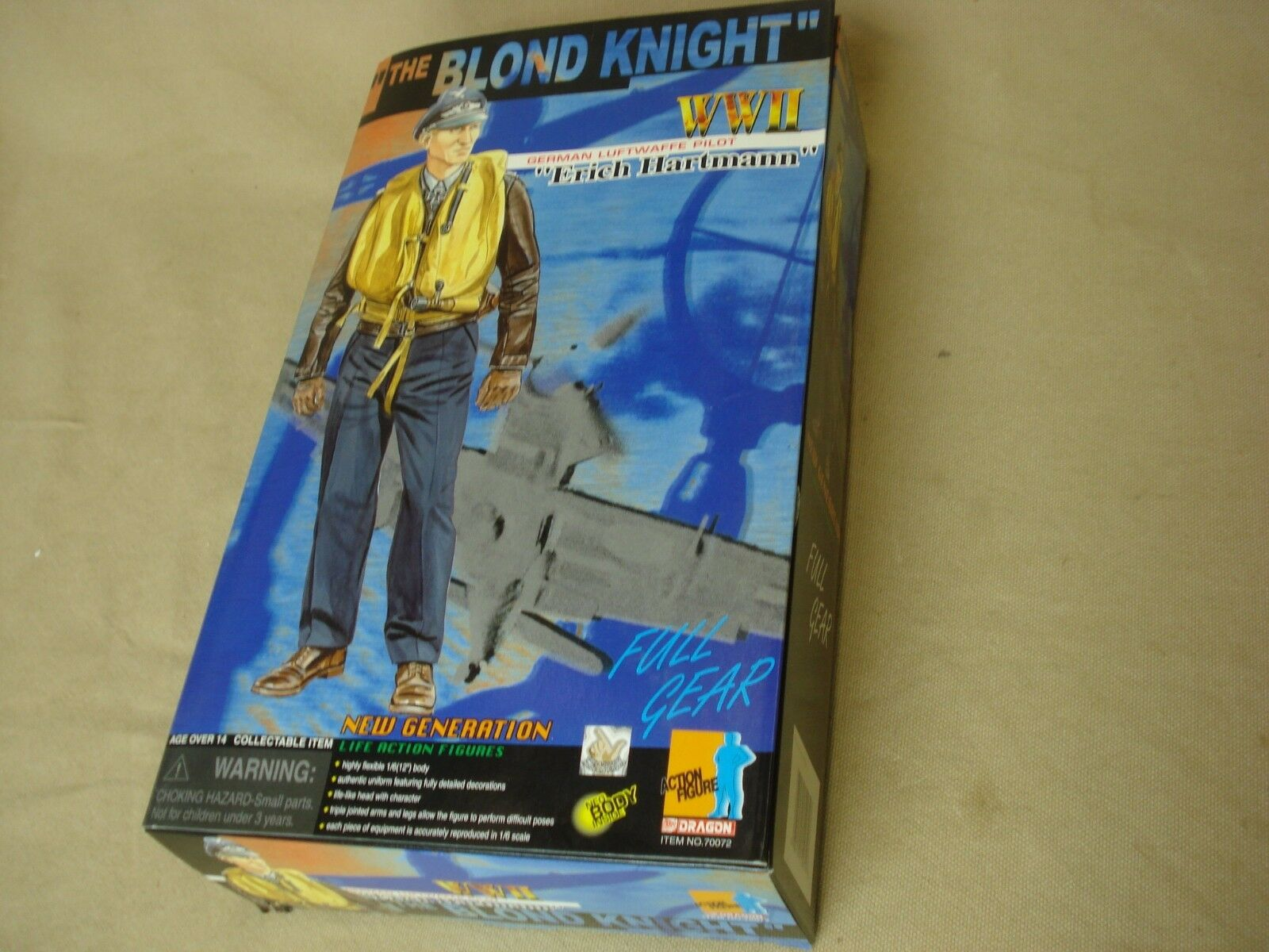 Dragon WWII The Blonde Knight    Erich Hartmann  Item  6 Scale new in box d0c146