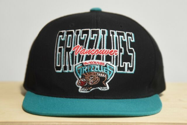 check out 7e0ee a4ae9 Vancouver Grizzlies NBA Hardwood Classics Mitchell   Ness Throwback Snapback  Hat