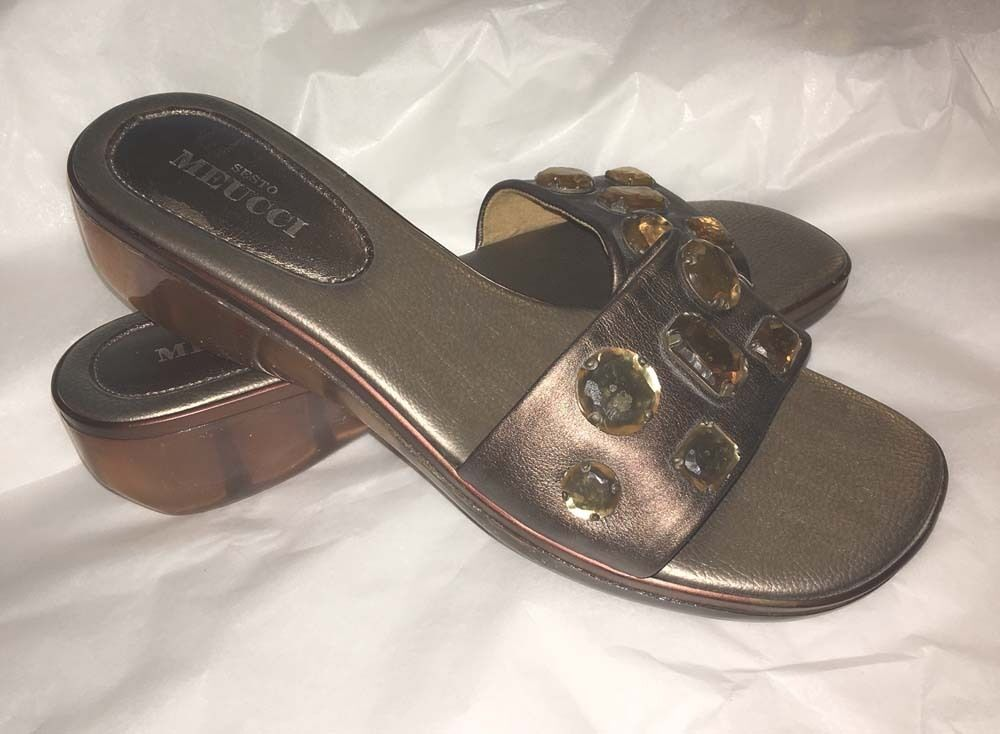 SESTO MEUCCI Slide On Sandals Made in  Bronze Leather 11M New Jeweled