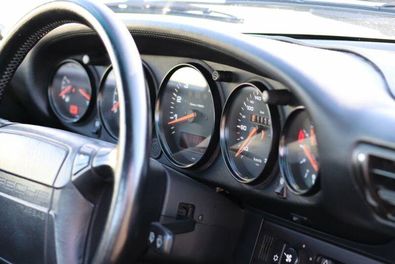 Porsche 911 Turbo - 15
