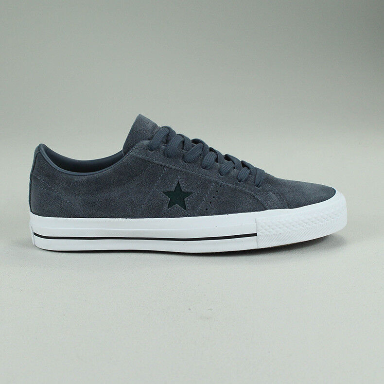 Converse One Star Pro OX shoes Trainers New in box Size UK size 7,8,9,10