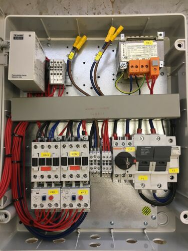 230v twin submersible pump control panel with high level alarm output 2.2kW max