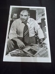 ED-ASNER-HAND-Signed-AUTOGRAPHED-5X7-B-amp-W-PHOTO-THE-MARY-TYLER-MOORE-SHOW-UP