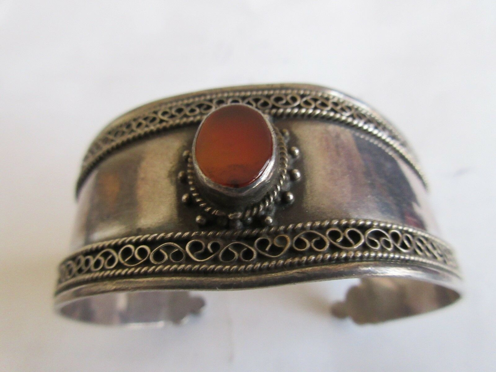 """Ladies Sterling Silver Cuff ,Center Stone ,6"""" End to En"""