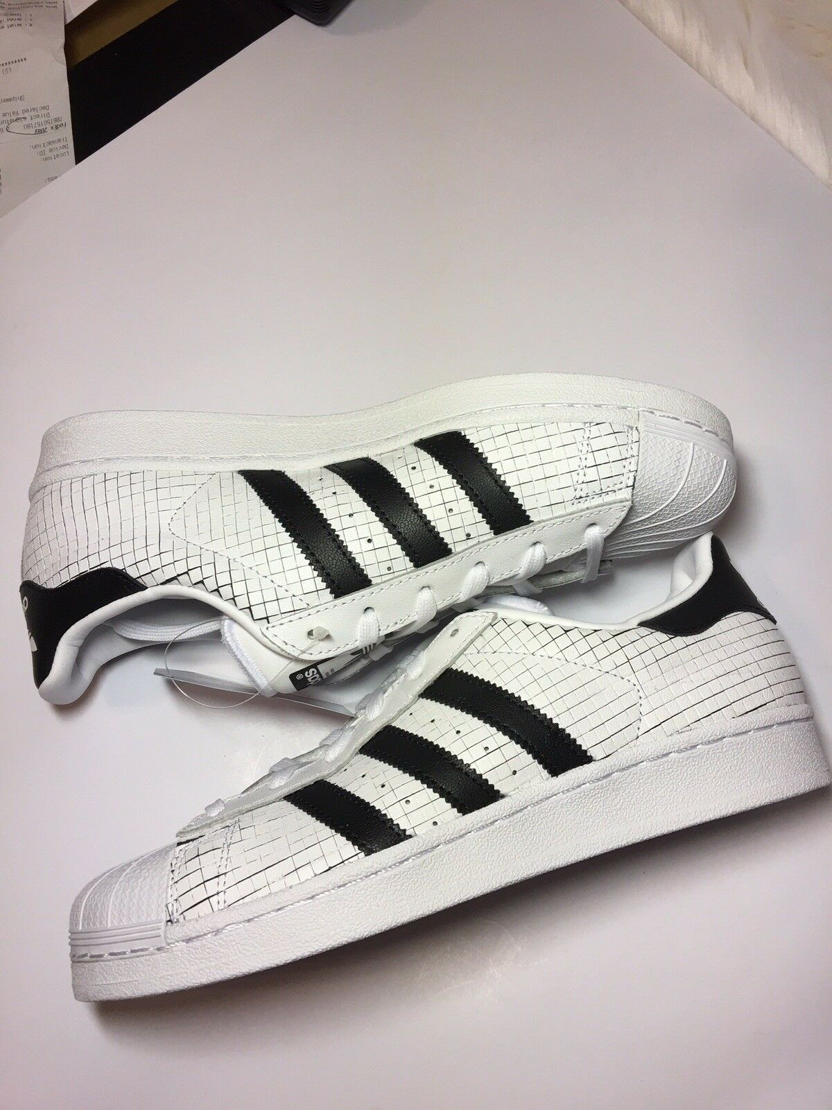Cheap Nice Adidas Originals Superstar Scored on the sale