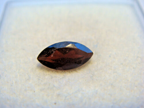 Garnet Gemstone Marquise Cut 6 mm x 3 mm 0.5 carats faceted natural Gem