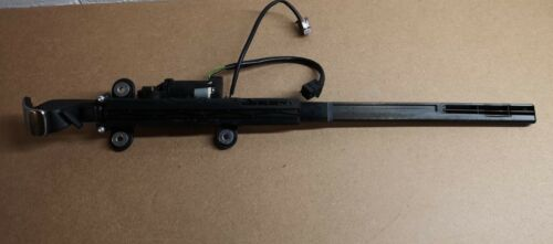 Genuine BMW Passenger N//S Seatbelt Hand Over Arm Fits 3 Series E92 9165377