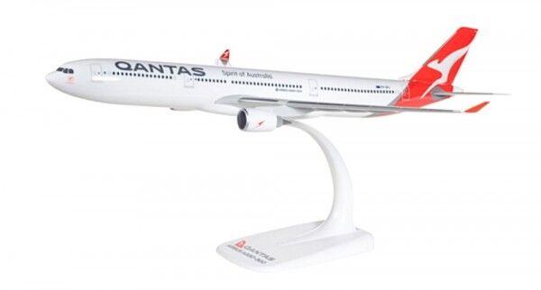 Airbus A330 300 Qantas (numero REGISTRAZIONE vh-qpj) New 2016 COLORI