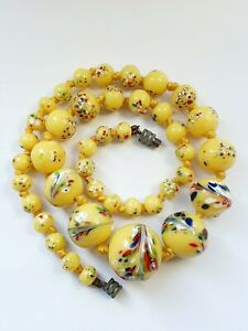 Art Deco Yellow Venetian Glass Spatter Beaded Necklace