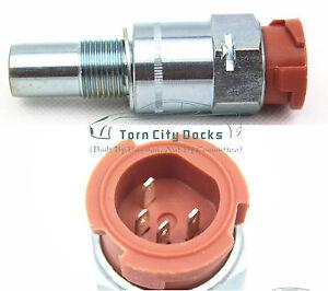 for-SCANIA-speed-sensor-1111459-1853436-RENAULT-TRUCKS-50-10-135-073