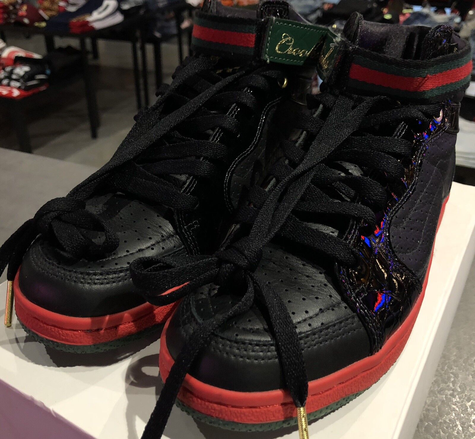 Gently Gently Gently Used Vans X Crooks N Castles Collab Hightop In Blk Rd Grn Sz.10 94c2fa