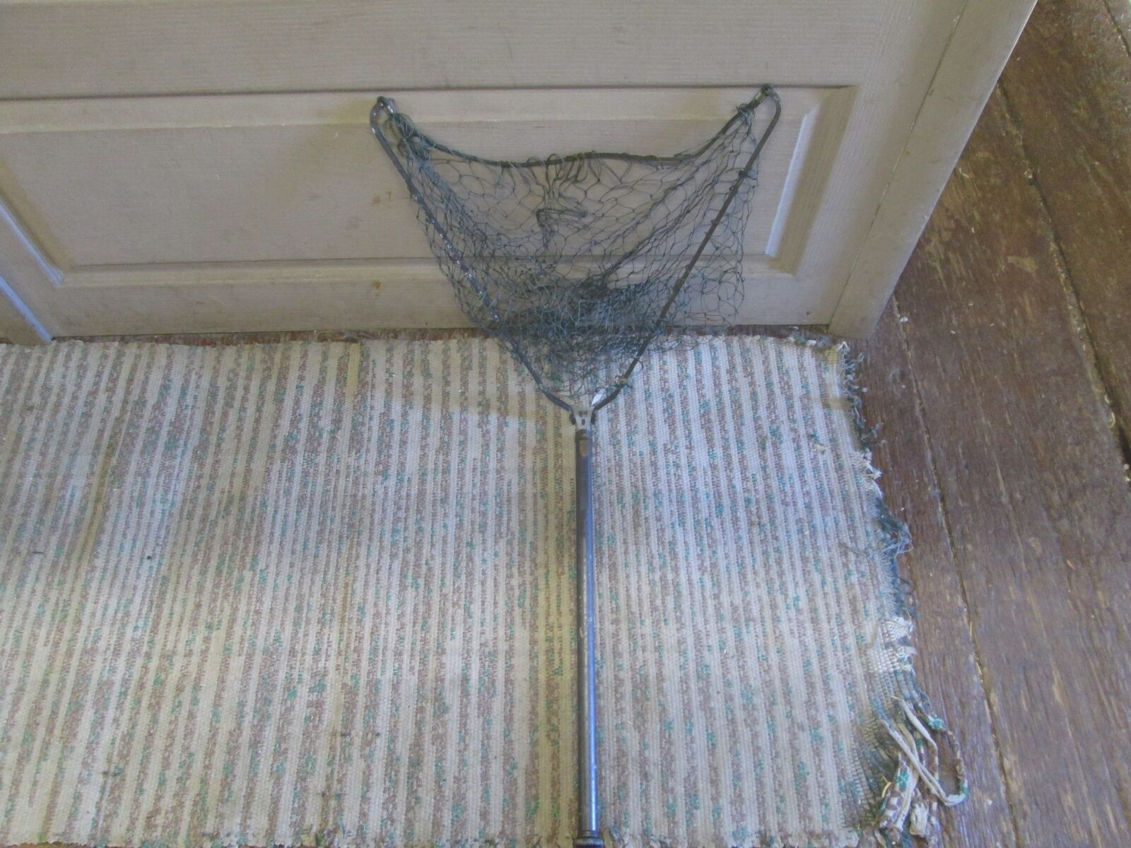 VTG FOLDING COLLAPSIBLE FISH NET CLIP ON FISHING EQUIP W ORIGINAL TAG