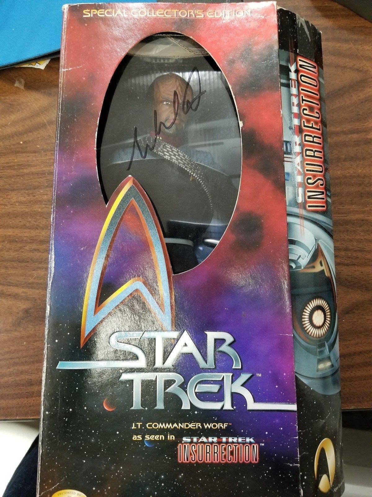Star Trek - Insurrection   Lt. Commander Worf  12  Figure AUTOGRAPHED