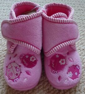 NWT-Target-Toddler-Girls-Pink-Embroidered-Lady-Bug-Beetle-Slippers-Size-5