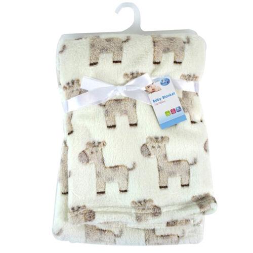 Cream Giraffes Super Soft Patterned 75 x 100cm Baby Blanket Baby Shower Gift