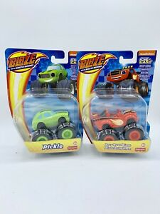 The-Monster-Machines-Blaze-And-Drag-Blaze-amp-regular-die-cast-Race-Pickle